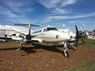 Beech KingAir 350 with MT-Propeller