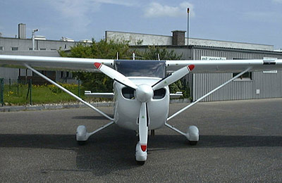 Cessna 172R, S with 3-blade MTV-18